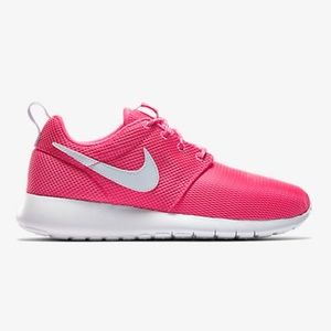 separation shoes 146ed 04196 Nike Shoes - ✨1 HOUR SALE! NIKE ROSHE ONE WOMENS PINK  WHITE